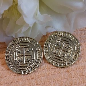 Jewelry - Vintage India Hispaniarum Rex Replica Coin Earring